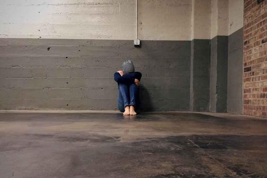 sad woman pexels-photo-236147